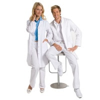 Pflegeleichter Arztkittel