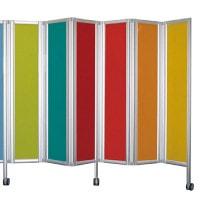 Gekleurde plexiglasplaten voor de ropimex®-vouwwand