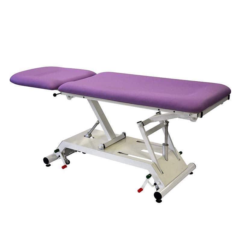 Behandlungsliege für Adipositaspatienten